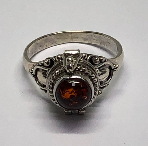 Poison Ring, Silver Amber Poison Ring, Size 5