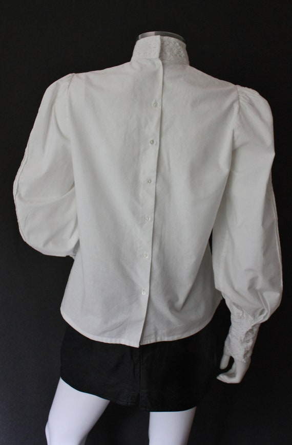 70's RUFFLED high neck white COTTON blouse , VICT… - image 6