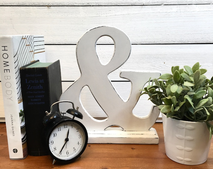 Vintage Ampersand Decor - Solid Wood