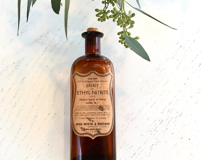 Vintage Apothecary Bottle - Amber