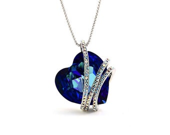 3f08a39d6672 Perfect Christmas Gift Women Fashion Pendant Necklace Made with Swarovski  Crystal