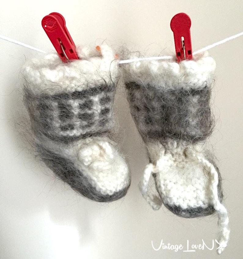 meet d55ff aa102 Warme Babyschuhe, Babysocken Wolle, Baby warme Socken, Wintersocken, Unisex  Baby Booties, Schafe Wolle Socken, weiß und grau, Baby-Dusche