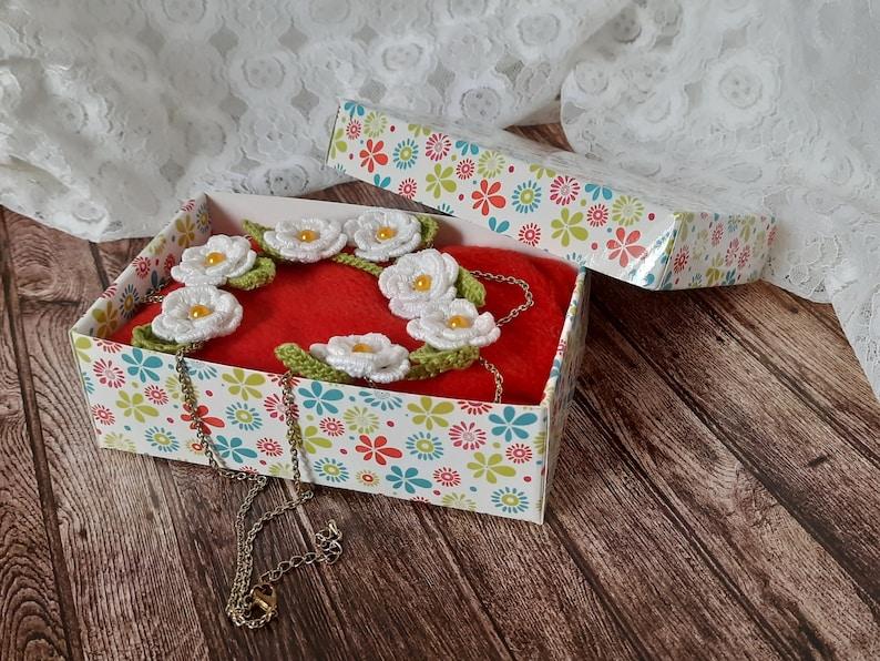 OOAK Gift For Her Crochet white flower necklace White Flowers 100/% Cotton Crochet Neck Accessory Crochet Necklace