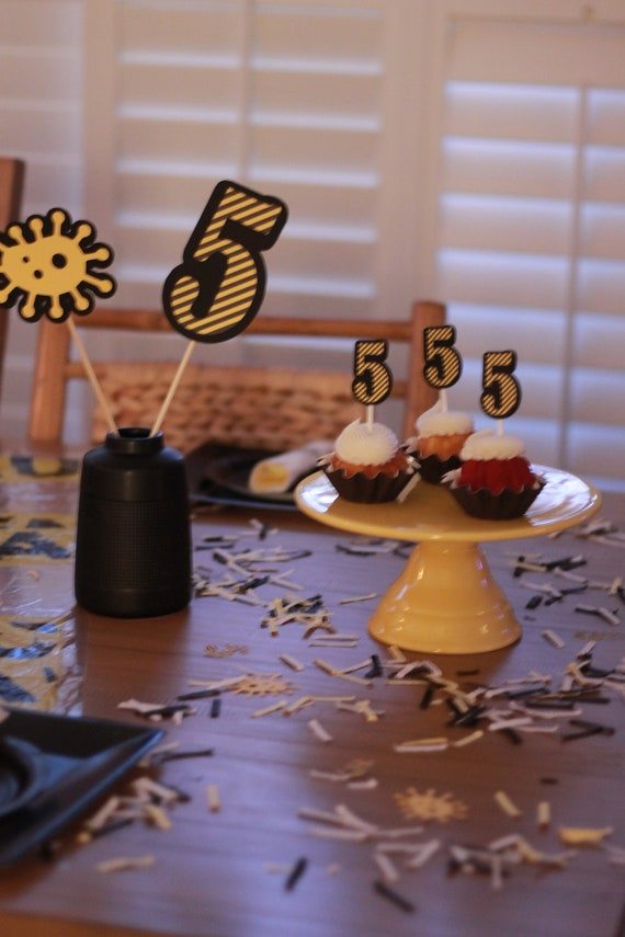 Stupendous Happy Quarantine Birthday Happy Birthday Cake Topper Social Funny Birthday Cards Online Barepcheapnameinfo