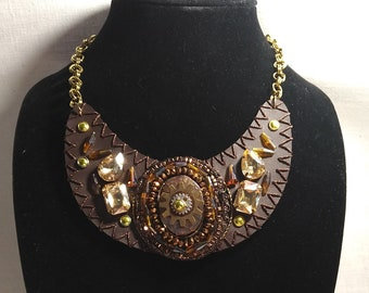 Jewel Of The Gear Steampunk Necklace