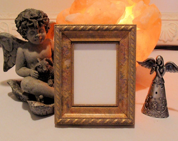 """Wood Picture Frame Ornate Mottled Gold / Art Cards, ACEO's, Trading Cards, Small Prints, Photos  2.5 x 3.5""""  Museum Glass  Hardware"""