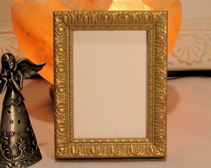 """Ornate Gold Wood Picture Frame Victorian Style /Art Cards, ACEO's, Trading Cards, Small Prints, Photos  2.5 x 3.5""""  Museum Glass  Hardware"""