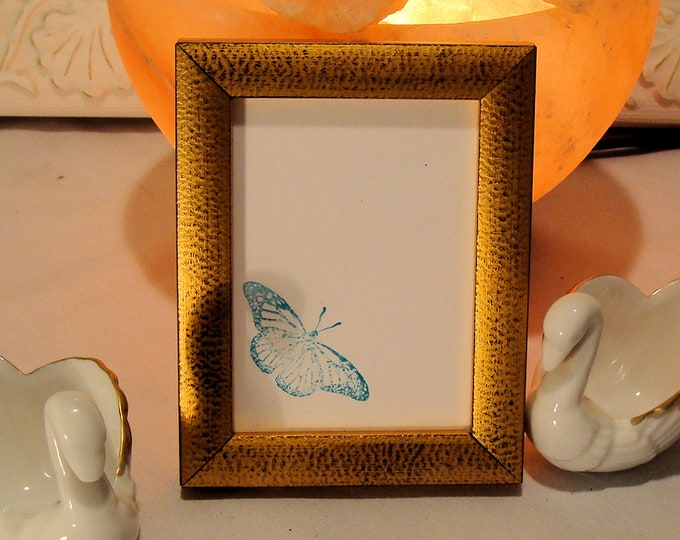 """Wood Picture Frame Traditonal  Mottled Gold for Art Cards, ACEO's, Trading Cards, Small Prints, Photos  2.5 x 3.5""""  Museum Glass  Hardware"""