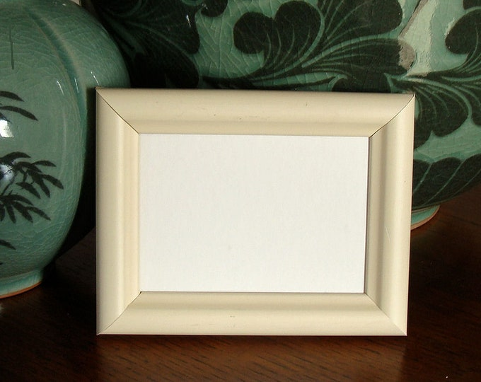 """Maple Wood Picture Frame Art Cards, ACEO's, Trading Cards, Small Prints, Photos  2.5 x 3.5""""  Museum Glass  Hardware Cream Toned / Classic"""