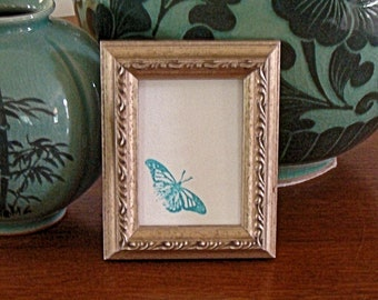 """Ornate Silver Wood Picture Frame for Art Cards, Miniatures, Small Prints, Photos,  2.5 x 3.5""""  - Anti Reflective Glass, Backing & Hardware"""