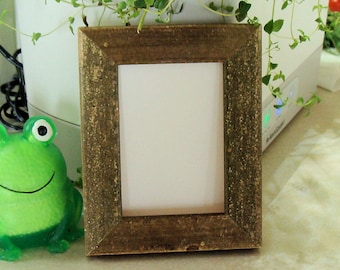 """Rustic Wood Picture Frame for Art Cards, ACEO's, Trading Cards, Small Prints, Photos,  2.5 x 3.5""""  Museum Glass,  Green & Brown Finish"""