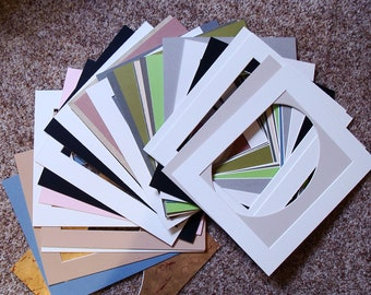 """32 Archival Picture Framing Mats All New Sizes of Mats Average 11 x 13"""" Great for Artists, Home Schoolers, Average Opening 8 x 10 Some  Oval"""