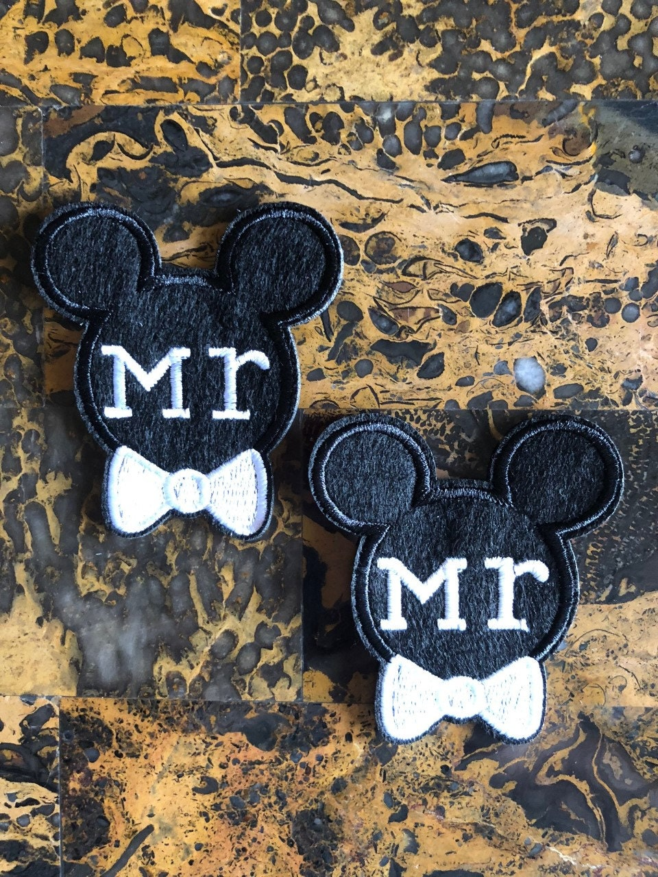 """Disney Castle Patch Minnie Mouse Iron On Embroidered Applique 2.50/"""" X 2.50/"""""""