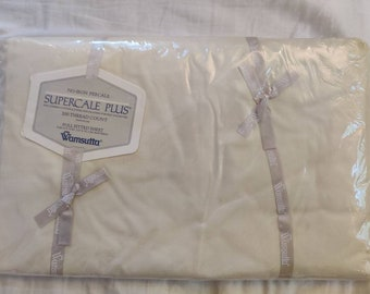 Wamsutta Supercale Plus Double/Full Fitted Sheet NIP New in Package, beige cream colorway.