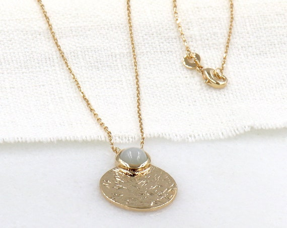 necklace hammered medal plated gold moonstone woman