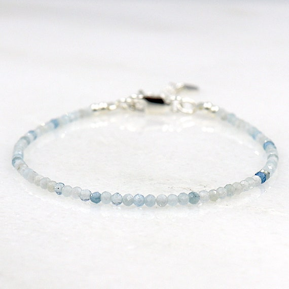 fine bracelet of aquamarine stones faceted woman