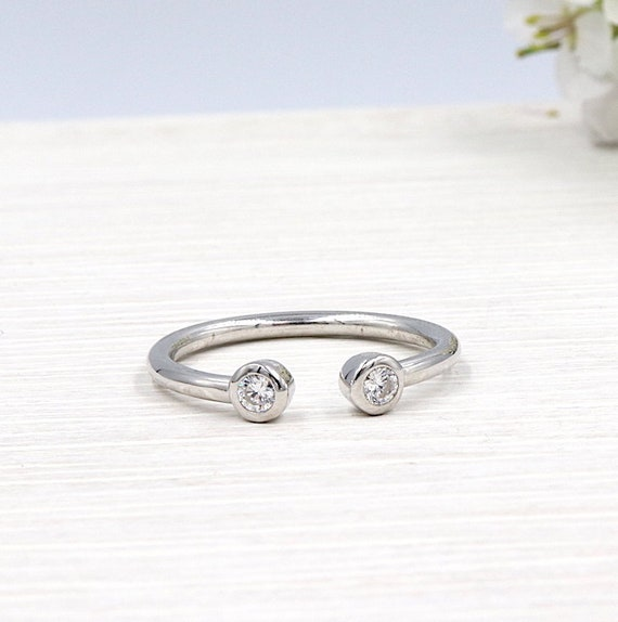 925 silver ring and zircon