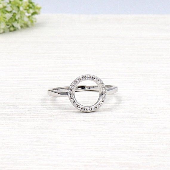 925 round silver ring covered with zircons for women