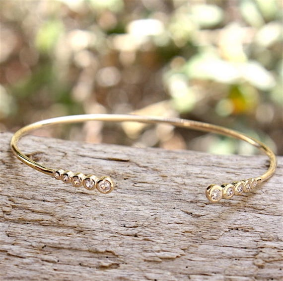 thousandth 750 gold plated Bangle Bracelet and zirconium stones