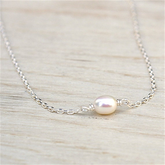 freshwater pearl necklace on silver chain 925