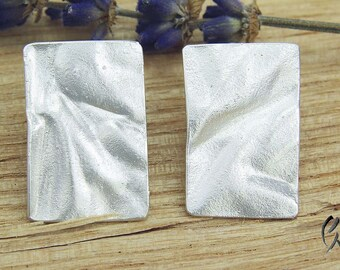 Earrings Silver, crumpled rectangle