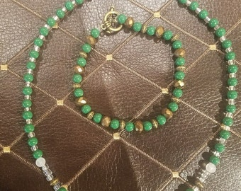Green and Bronze beaded necklace/bracelet set