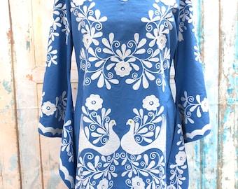 Vintage 70s Style Mexican Blue Embroidered Peacock Bird Floral Caftan Mini Kaftan Fiesta Wedding Beach Cotton Dress US 4 6 8 10 12 14 16 18