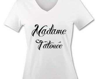 T-shirt V neck woman - Tattooed Lady