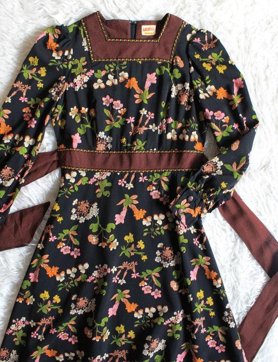 1960's mini dress - vintage dress - flower power -