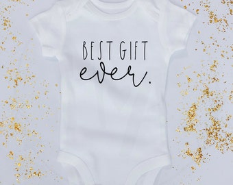 d007e7671 Best Gift Ever | Baby Announcement Onesie®/Pregnancy Announcement Onesie®/Baby  Onesie® Announcement/Christmas Baby/Father's Day/Bodysuit
