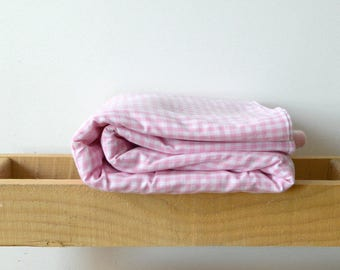 Pink checkered babyblanket