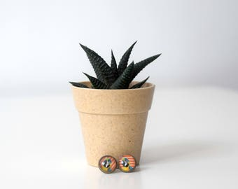 Unique parrot earrings bronze