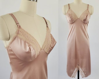 1970s Dixie Belle Slip in Taupe with Beautiful Lace Trim 70's Lingerie 70s Women's Vintage Size Small