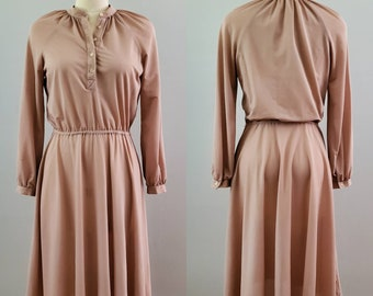 1970s Dress in Warm Taupe 70s Dresses 70's Women's Vintage Size Medium