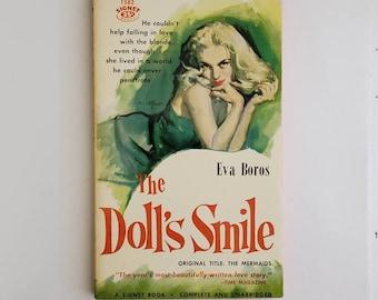 Vintage 1950s Pulp Fiction Paperback Book - The Doll's Smile - 50s Home Decor 50's Collectible Books - Vintage Signet Books