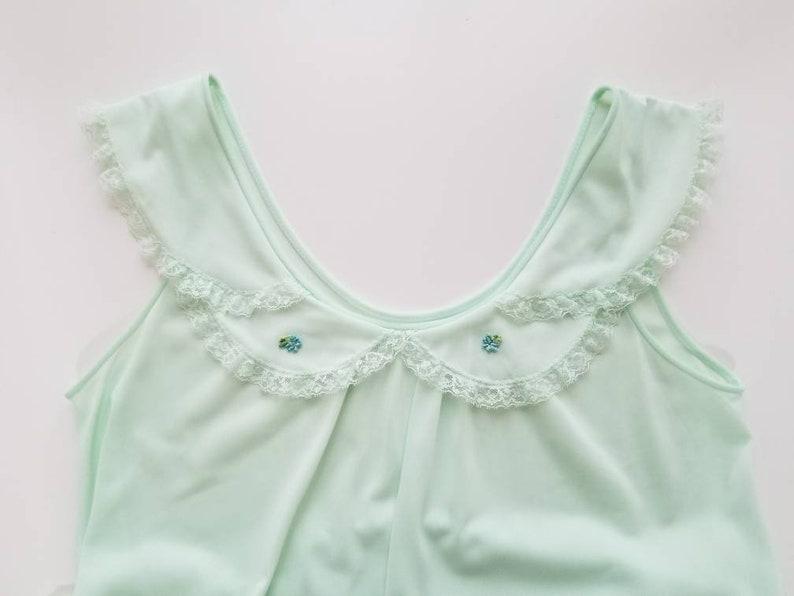 1970/'s Vintage Kayser  Nightgown in Pale Green 70/'s Loungewear Women/'s Sleepwear Vintage 70s Lingerie  Nightie