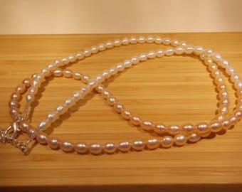 Rice Pearl Necklace in ombre colors