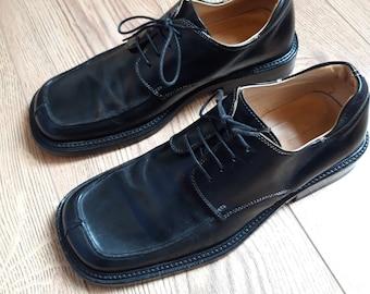 3016997a45375 Men's Shoes - Vintage   Etsy UK
