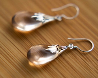 Rosé colored and drop-shaped earrings set in 925 sterling silver