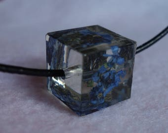 Forget me not blue/purple clusters real pressed flower cube bead pendant necklace jewelry, clear resin encasing real pressed flower