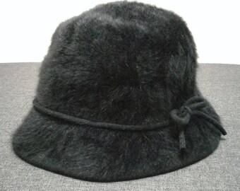 1d24244d65b2d Vintage 90s Authentic KANGOL women furgora bucket hat size medium