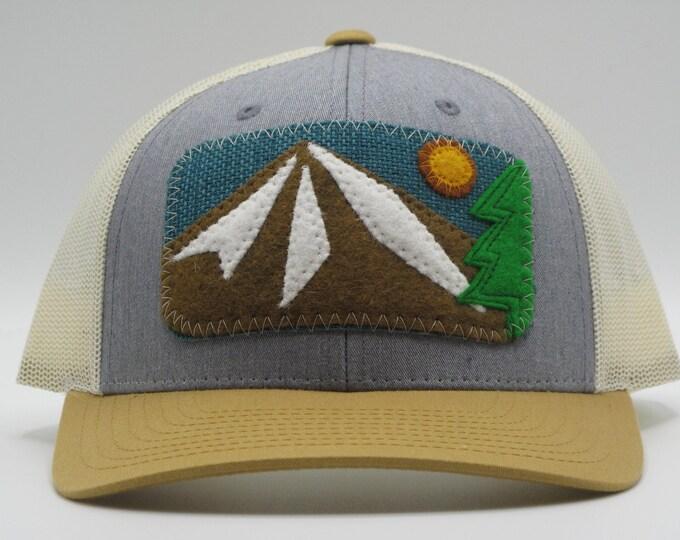 Mountain Trucker/Baseball Hat in Gray