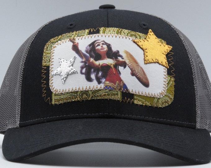 Wonder Woman Black Baseball Hat / Trucker Hat