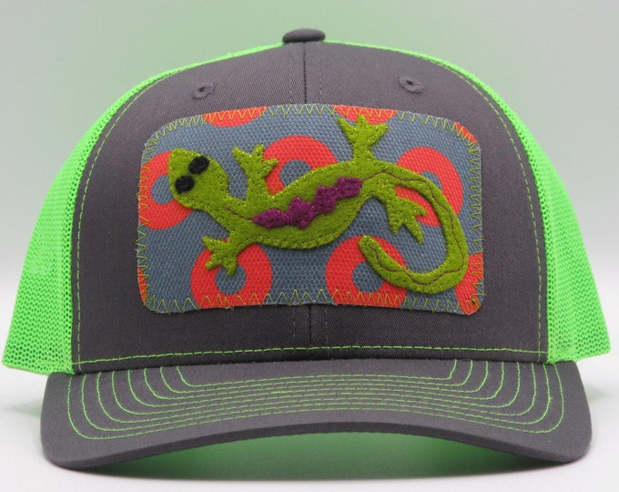 Happy Lizard Baseball Hat/Trucker Hat