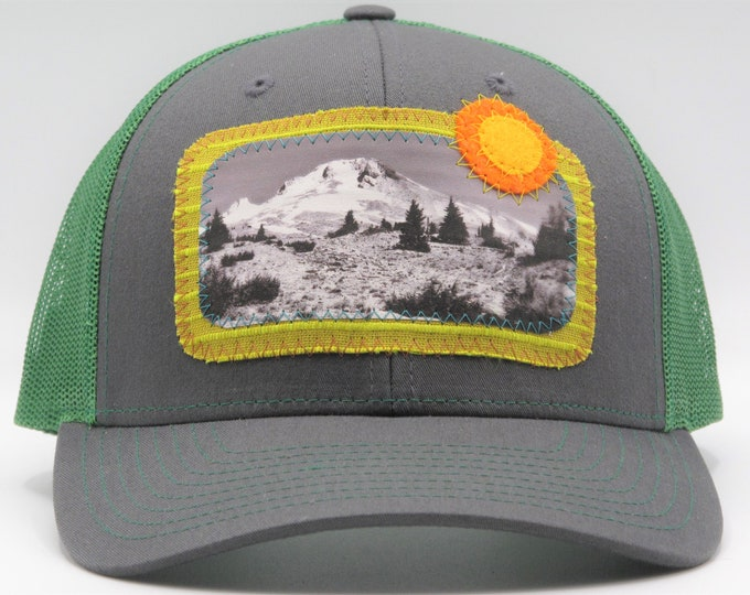 Mt Hood Green Baseball Hat / Trucker Hat
