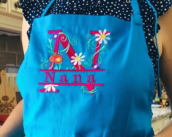 Personalized Adults Apron - Name and Floral Monogram on Apron - Gift for cook - Custom gift for her - Christmas gift