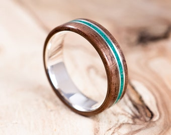 Silver and Walnut wood ring with malachite inlay. Engagement ring, wedding ring. Boho wedding ring.