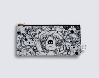 pouch - forest faces - medium
