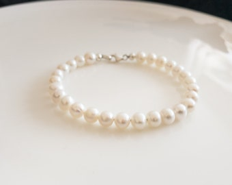 White Freshwater Pearl Bracelet, Bridal Pearl Bracelet, Wedding Jewelry, Natural Genuine Pearl, Mother of Bride Gift, Child Pearl Jewelry