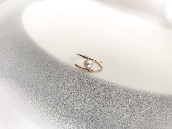 custom ring stacking Single Pearl wire wrapped ring sterling silver ring minimalist ring june birthstone ring fresh water pearl ring